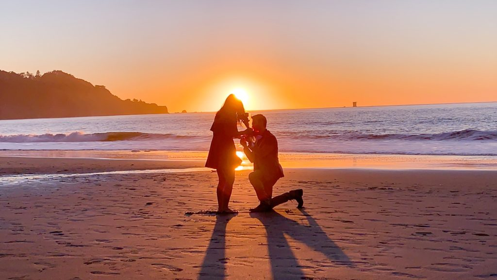 couple getting engaged in San Francisco